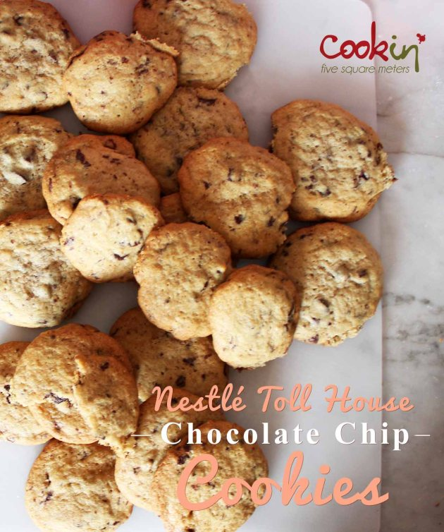 Nestlé Toll House Chocolate Chip Cookies 01
