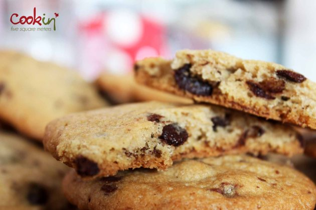Nestlé Toll House Chocolate Chip Cookies 05