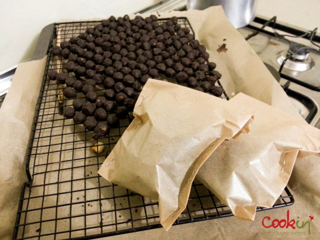 Chocolate covered hazelnuts - cookin5m2-3