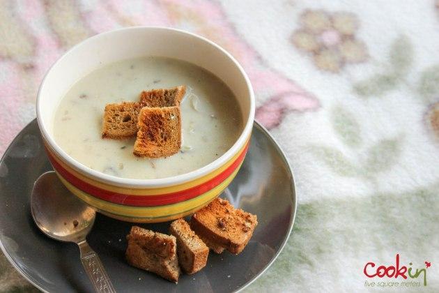 Creamy mushroom soup-cookin5m2-1