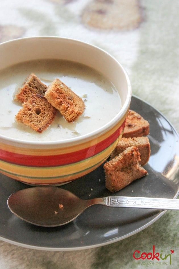 Creamy mushroom soup-cookin5m2-3