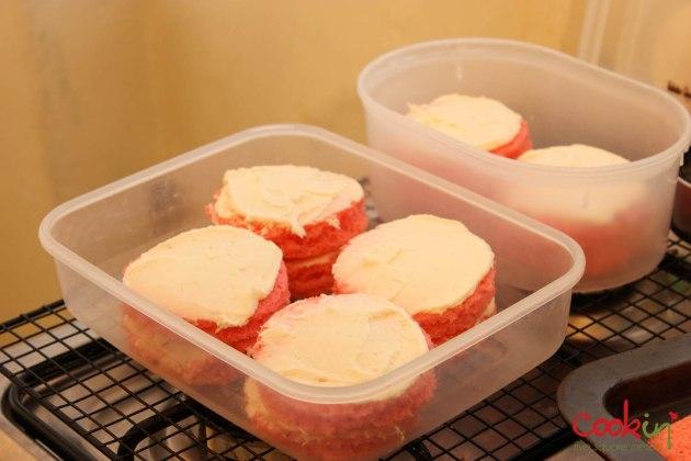 Jackie Chamoun Boob cake-cookin5m2-6