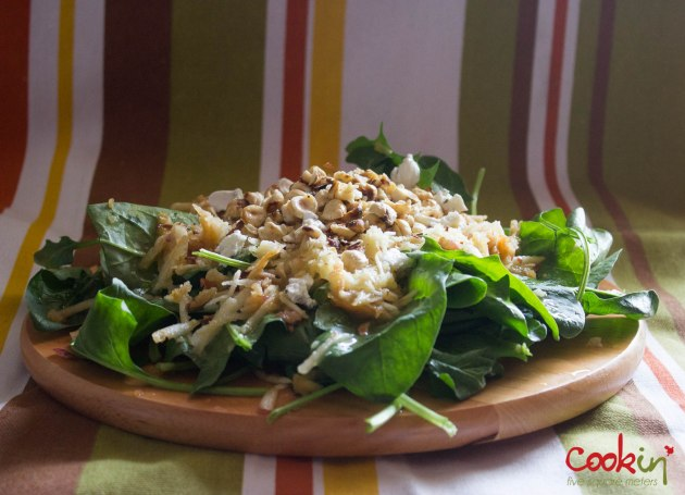 creamy mushroom farfalle and spinach salad_cookin5m2-1