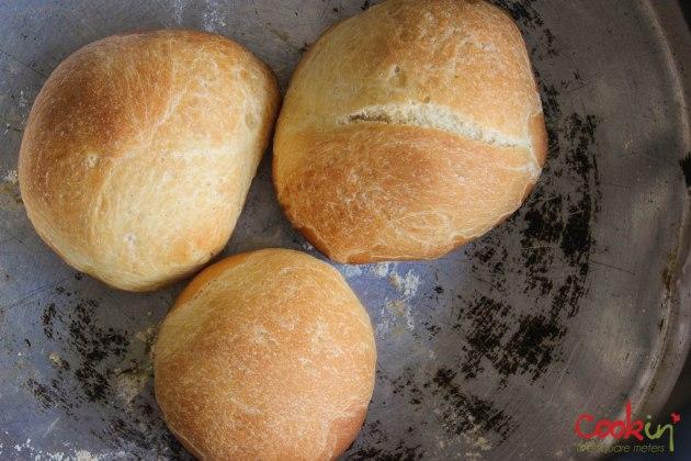 Homemade-burger-buns-2014-11