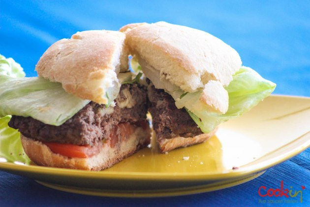 Homemade-burger-buns-2014-6