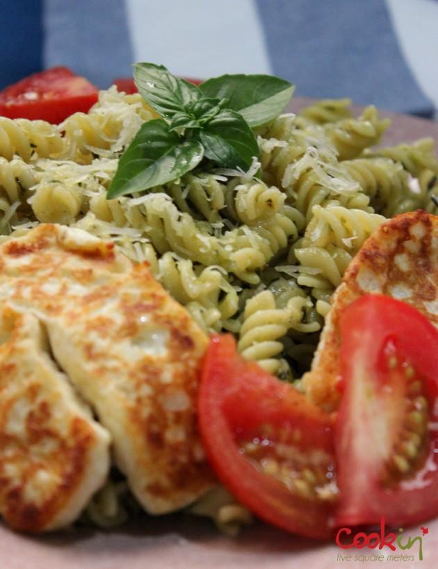 Basil Plant and basic pesto recipe - Cookin5m2-5