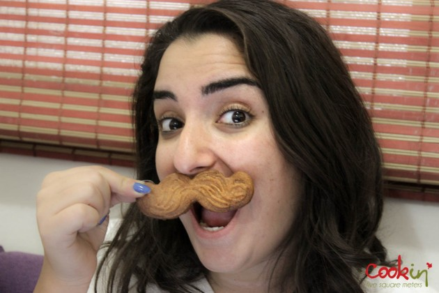 Movember Moustache cookies recipe - Cookin5m2-7