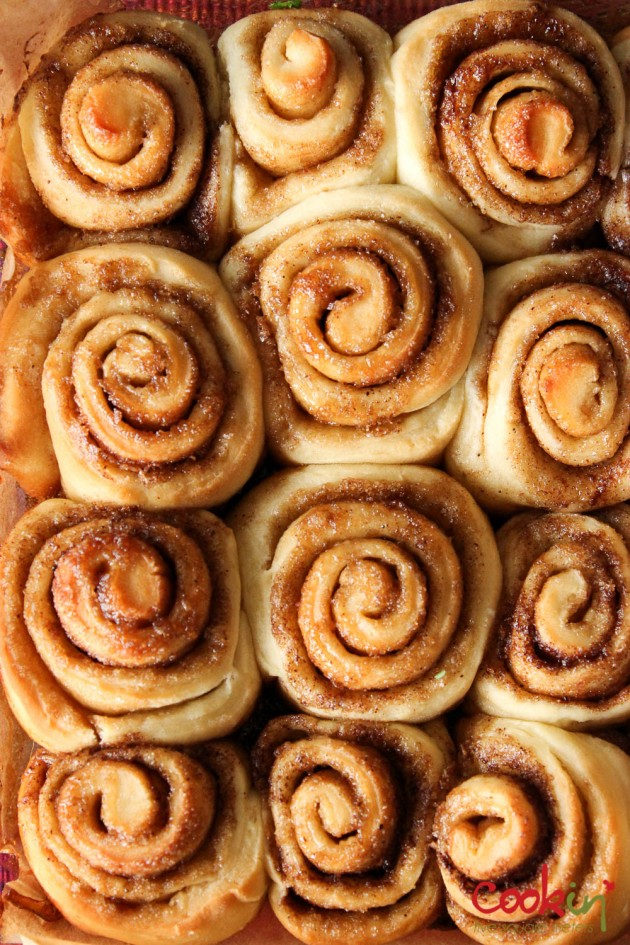 Cinnamon Rolls Recipe - Cookin5m2-3
