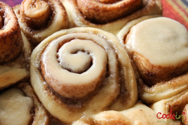 Cinnamon Rolls Recipe - Cookin5m2-5