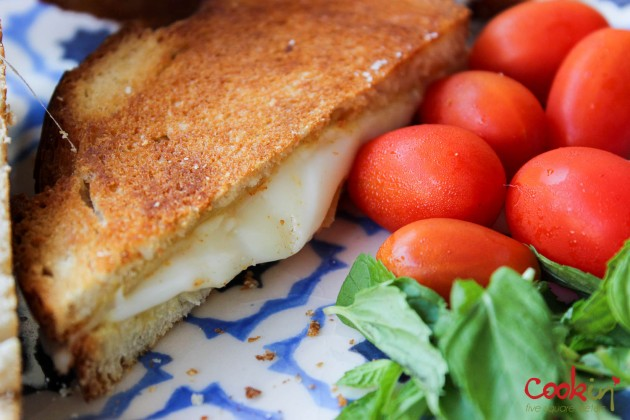 Grilled Cheese Recipe - Cookin5m2-3