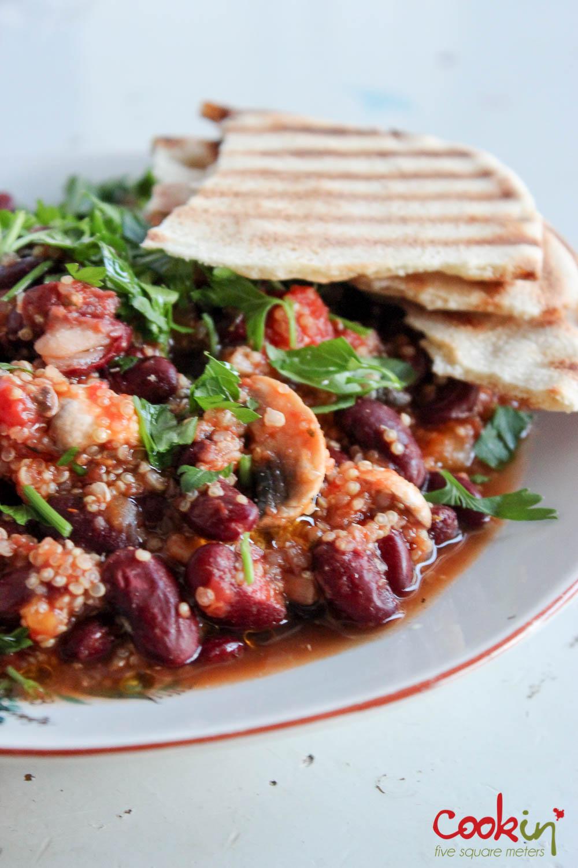 Quick Beans And Quinoa In Tomato Sauce Quinoa Bi Banadoura Cook In Five Square Meters