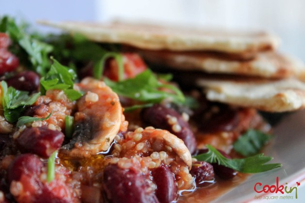 Quinoa Bi Banadoura (with red kidney beans, mushrooms and tomato sauce) Recipe - Cookin5m2-5