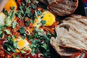 Shakshouka (Bayd bi Banadoura) Recipe - Cookin5m2-3