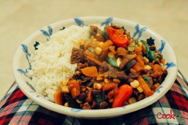 Vegan Chili Recipe - Cookin5m2-8