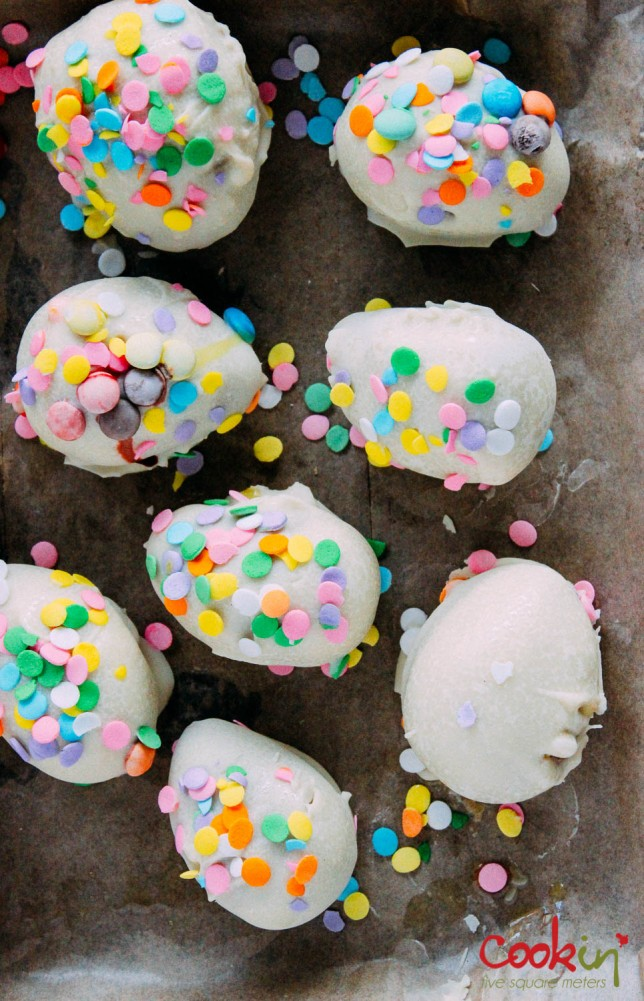 Grown-up Bourbon Easter Egg Cookie Truffles Recipe  - Cookin5m2-5