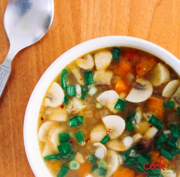 Vegan Quinoa Soup Recipe  - Cookin5m2-3