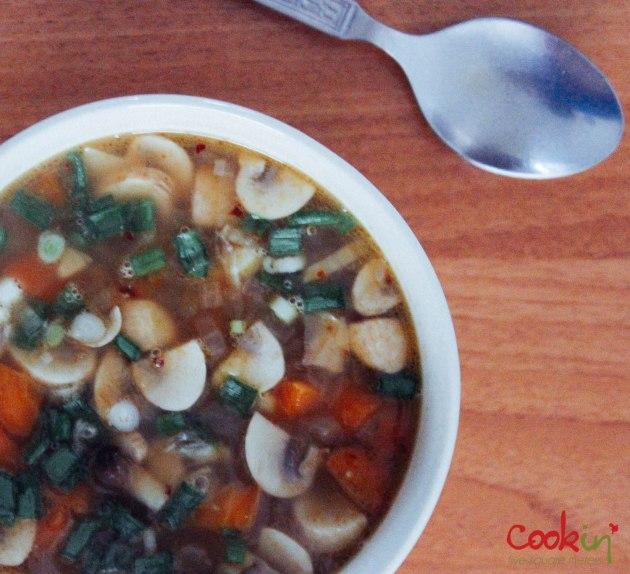Vegan Quinoa Soup Recipe  - Cookin5m2-4