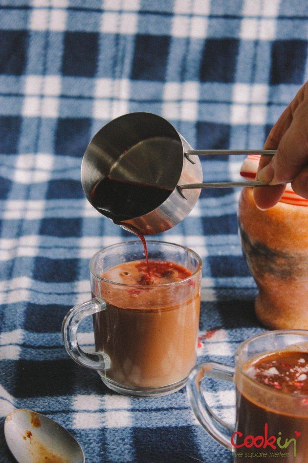 candy-cane-red-wine-hot-chocolate-recipes-cookin5m2-9