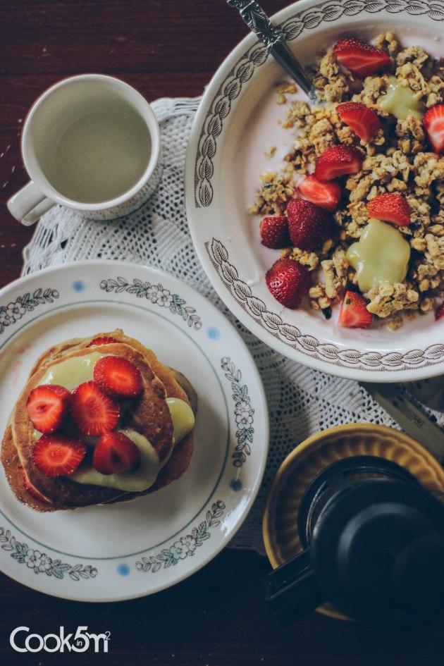 Strawberry Granola Bowl of Sunshine recipe - cookin5m2 -1015