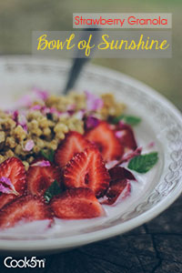 TINY-Strawberry Granola Bowl of Sunshine recipe - cookin5m2 -1008