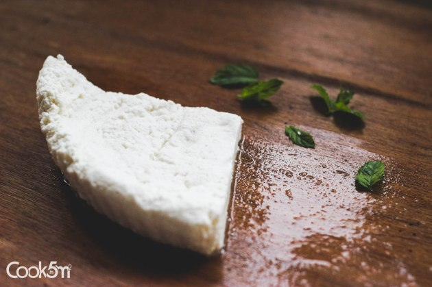 Fresh White Baladi Goat Cheese recipe - cookin5m2 -1774