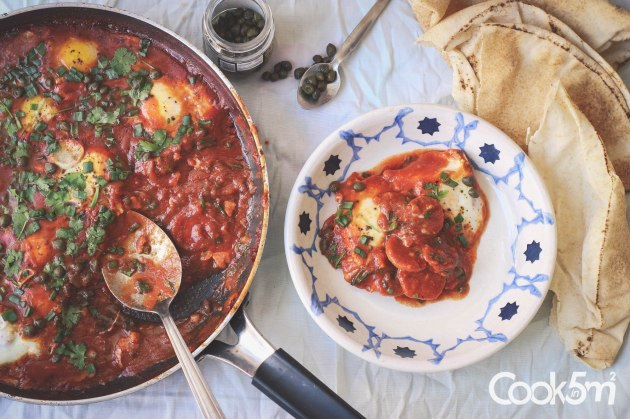 Shakshouka with sausage and capers recipe cookin5m2-0552-2.jpg
