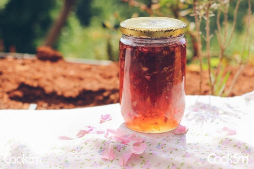 Rose Petal Jam Hardine Recipe - cookin5m2 -1137