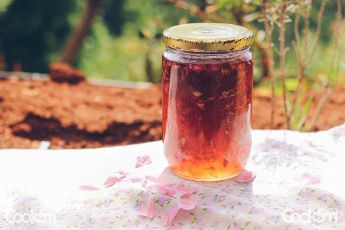 Rose Petal Jam Hardine Recipe - cookin5m2 -1137
